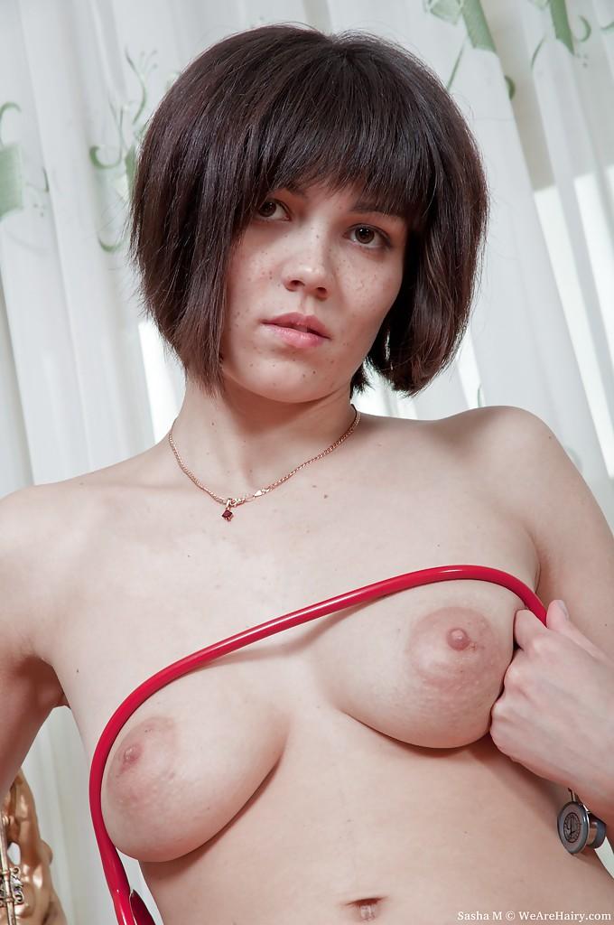 Sasha M from WeAreHairy.com